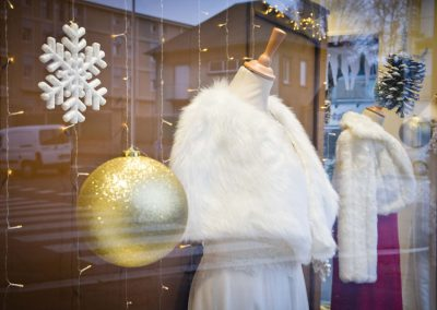 Décoration vitrines de Noël - Magasin Jour J à Lisieux