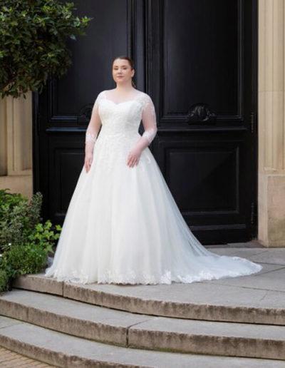 Robe de mariée-228-08 FACE