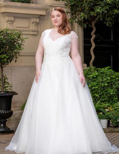 Robe de mariée-228-11 FACE